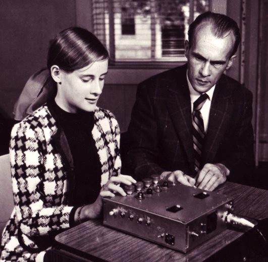 Helmut Schmidt, Random Number Generator
