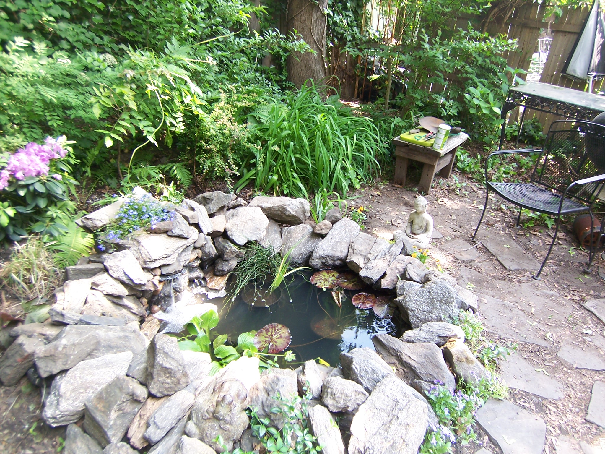 Inspiring how to make a small garden pond 18 photo for Making a small pond